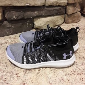 Toddler girl sz 11 Under Armour tennis shoes